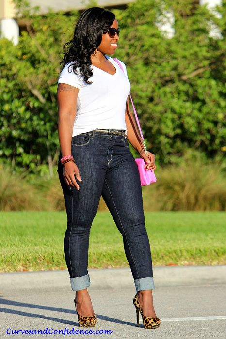 Weekend Wear: High-Waisted Jeans By Curves & Confidence (Ecstasy Models)