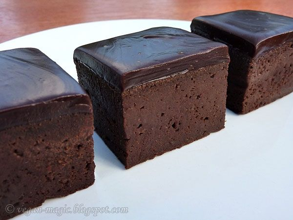Chocolate Brownies (gluten-free, no added fat) « Vegan Recipes « Vegan Magicgluten free, sub honey or maple for agave.