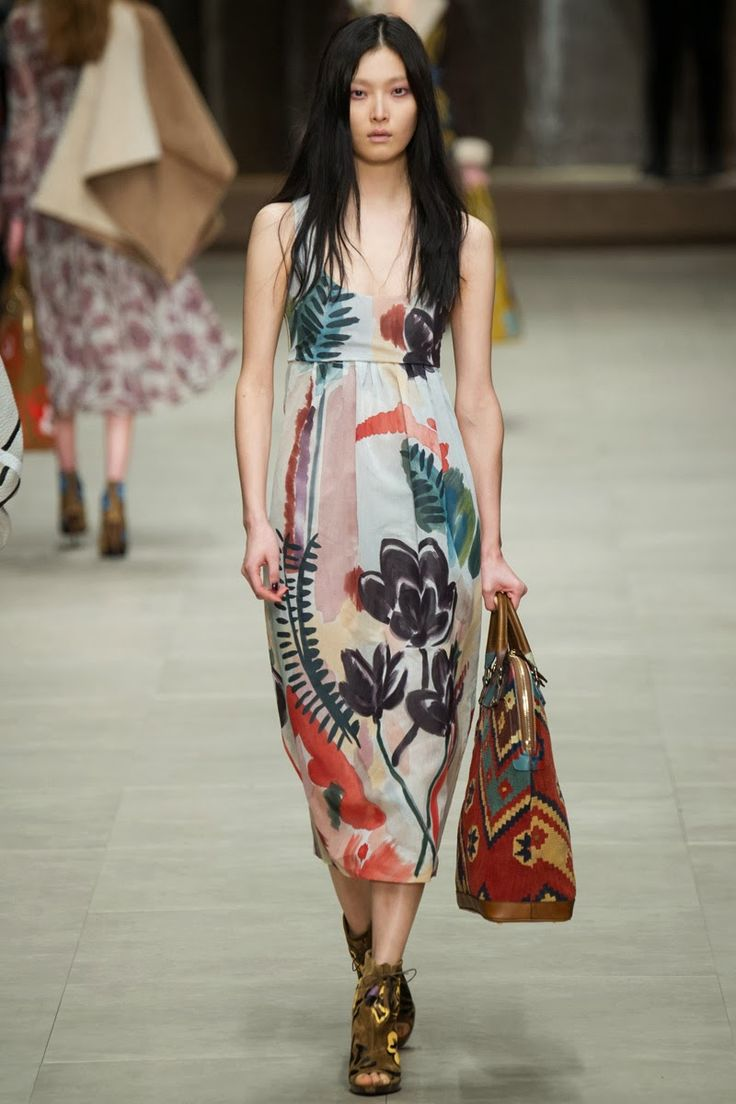 ANDREA JANKE Finest Accessories: The Bloomsbury Girls by Burberry Prorsum F/W 2014/15