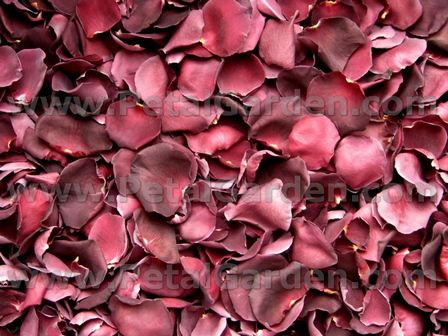 freeze dried rose petals, some wedding venues will not allow fresh rose petals scattered on tables because it stains the linnens