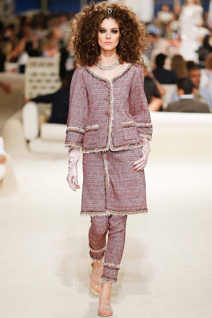 Chanel Resort 2015 Fashion Show - Kati Nescher