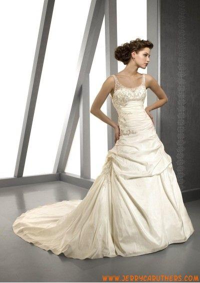 ivoor taft met applique trouwjurk prinses stijl