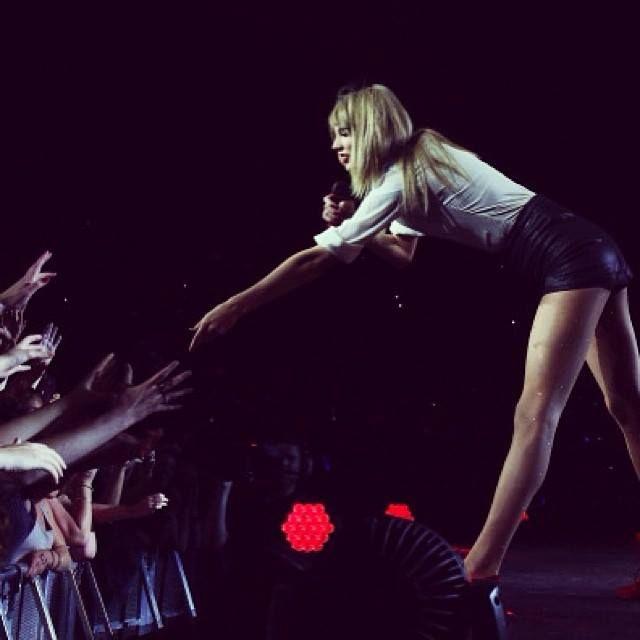 Christmas Lights Glisten Taylor Swift: 136 Best Taylor Swift Images On Pinterest