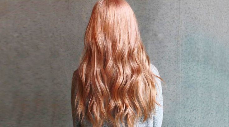 Peach Blonde: the perfect trend hair color for the summer