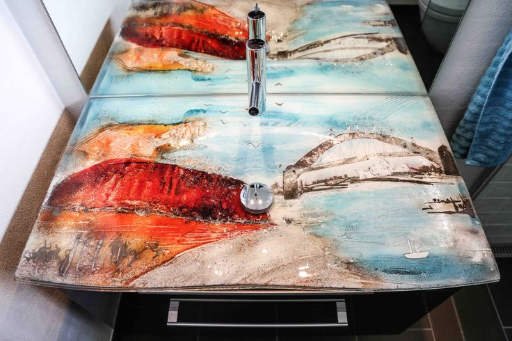 Unique and exclusive sink made by glass artist Branka Lugonja