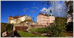 http://www.zamek-becov.cz/  panorama