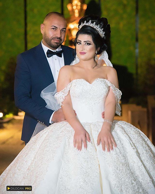 """""""#wedding #weddingdress #weddingphotography #dilocanpro #dilocan #bydilocan #hochzeitskleid #hochzeitsfotograf #hochzeitsfrisur #hannover #weddingday #weddingtime #hochzeitstag #hannoverrathaus #braunschweig #wolfenbüttel #Hamburg  #photography #shooting #love #nikond750 #nikon #nikondslr #hannover # #bukuzava #kurdishwedding #kurdischehochzeit #hochzeitsfrisur  #romantic #love #leidenschaft❤️ #Rojdi"""" by @rojdihussein."""