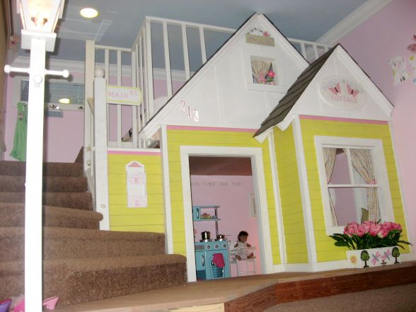 25 best indoor playhouses indoor playhouse cabin and for Kids cabin playhouse