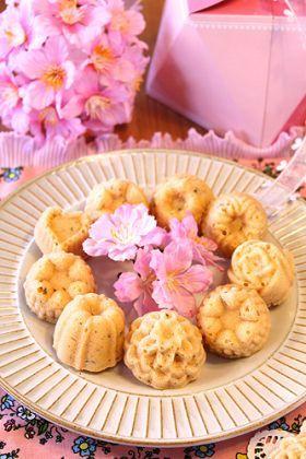「桜餡でしっとりプチマドレーヌ☆」ぱお | お菓子・パンのレシピや作り方【corecle*コレクル】
