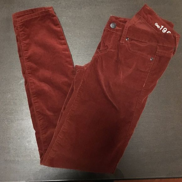 Auburn corduroy legging Jean Worn twice. Good condition! GAP Jeans Skinny