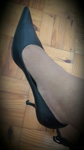 These sharpies were my shoes as Bridesmaid a few years back!