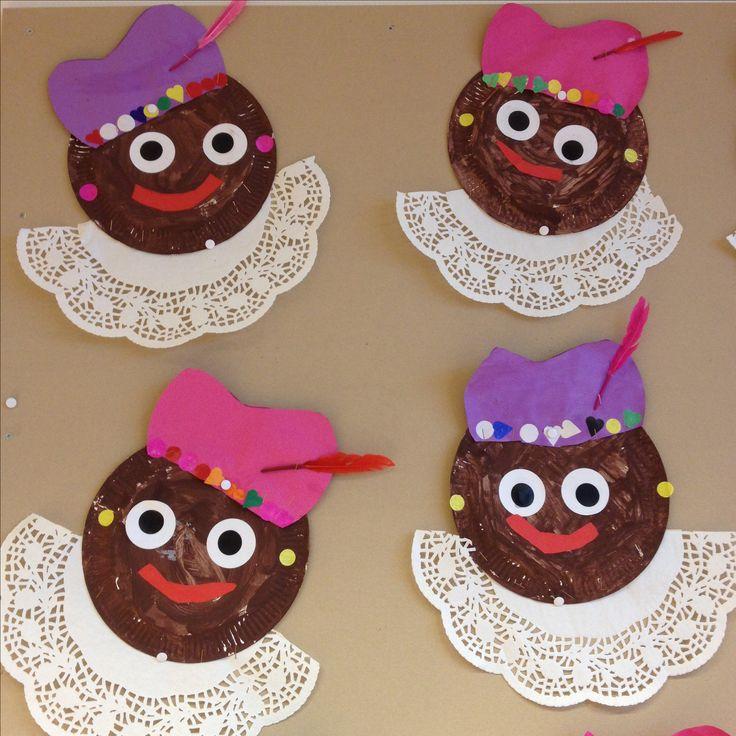 Sinterklaas knutsel: Pieten van papieren bordjes en taartranden