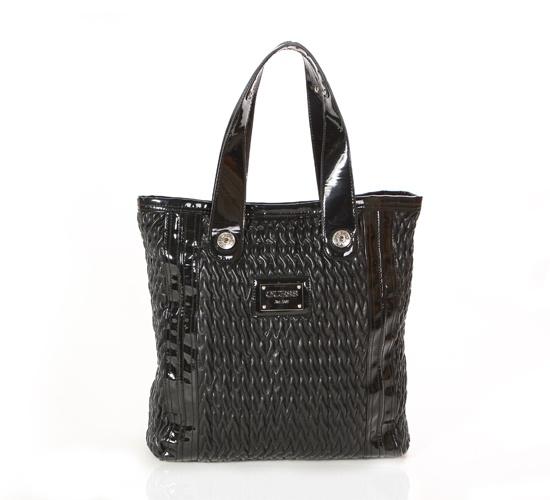 Guess Black Shopper Bag on glamouronthego.co.uk