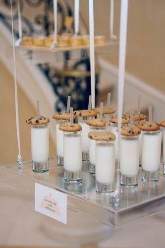 love milk and cookies: Minis Cookies, Fun Idea, For Kids, Late Night Snacks, Cute Idea, Midnight Snacks, Party Idea, Kids Party, Baby Showers