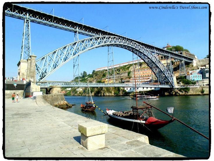 The bridge connecting Porto and Gaia