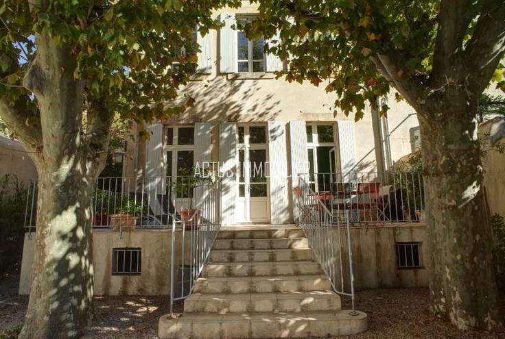 A vendre maison de maitre avec grand jardin au centre for Grand frais salon de provence