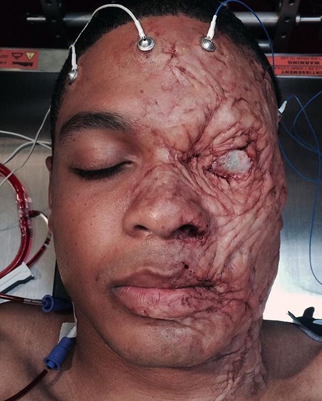 Cyborg makeup on Ray Fisher from Batman v Superman: Dawn of Justice. - Prosthetic sculpture, application and detailing by @richardredlefsen Molding, silicone casting and eye applicae by Vincent Van Dyke and the artists at VVD Fx studio. Check him out on the new Ultimate Edition Batman v Superman dvd. #RayFisher #RichardRedlefsen @richardredlefsen