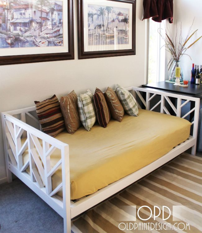 DIY daybed with a chevron frame