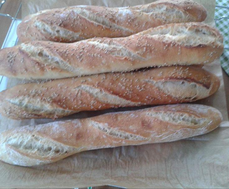 Rezept Sesambaguette von Janine 80 - Rezept der Kategorie Brot & Brötchen