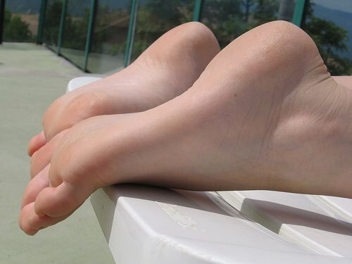 110 Best Sexy Bare Soles Images On Pinterest  Sexy Feet -7059