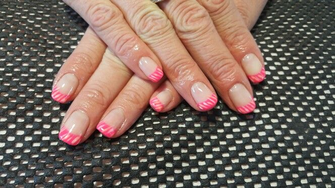 Pienk gel nails