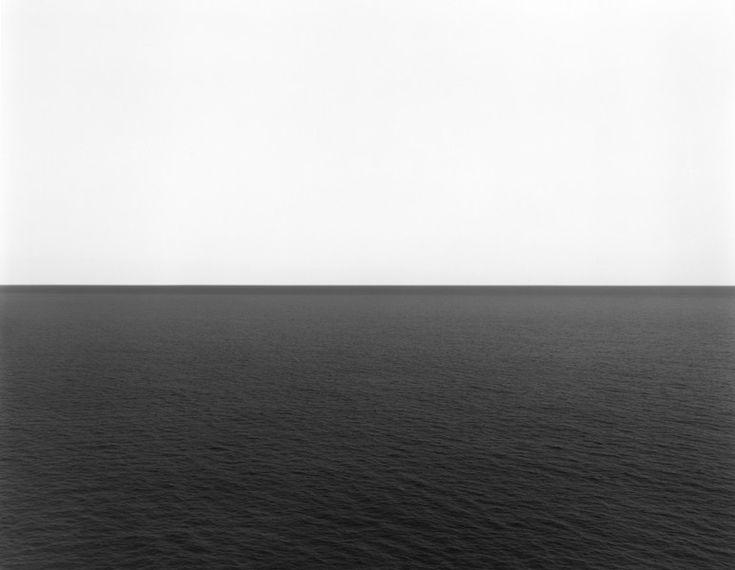Hiroshi Sugimoto Tyrrhenian Sea, Conca 1994 stampa ai sali d'argento, 119,5x149 cm courtesy l'artista