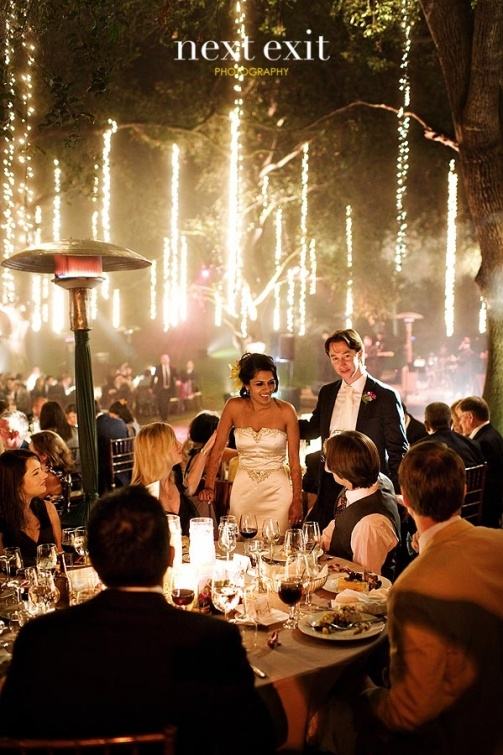 Best String Lights For Weddings : 17 Best images about Wedding String Lights on Pinterest Wedding, String lights and Wedding ...