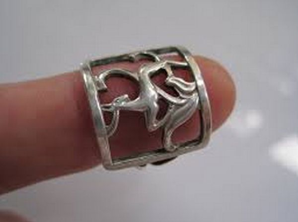 I B Jensen. Openwork silver ring with deer design. 830 silver. Marked 'BJ' and 830S. View 2/4.