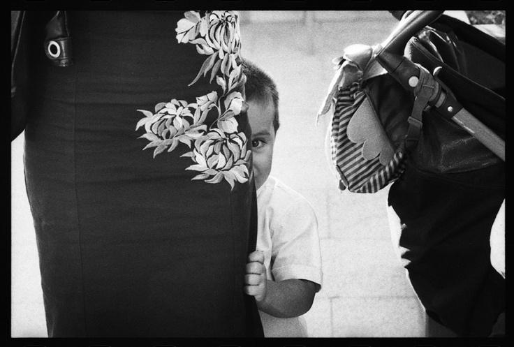 Edward Olive es  un fotógrafo artista, especializado en  fotografía analógica tradicional de desnudos, retratos y fotoperiodismo para  eventos sociales. Edward ha ganado numerosos premios internacionales que incluyen el Primer premio en fotografía profesional de bodas en los World Photography Gala Awards 2010. Sus fotos han sido publicadas en diversos libros sobre fotografía, periódicos y revistas y han sido expuestas en exposiciones internacionales.   605610767  edwardolive@hotmail.com…