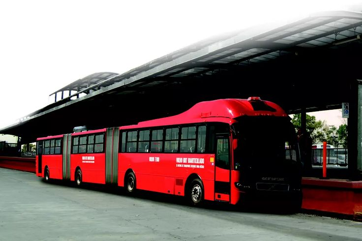 World's largest bus can transport 300 passengers, The newly unveiled vehicle is nearly 100 feet long. It's no car-swallowing behemoth, but Volvo's new Gran Artic 300 bus is a sizable transit machine. Developed specially in Brazil for its bus rapid transit (BRT) systems, the 98-foot-long vehicle features what the company claims is the world's largest bus chassis.