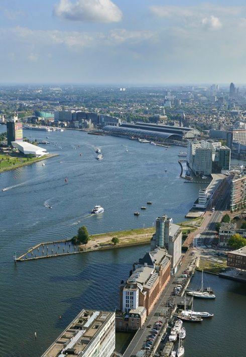 Amsterdam, 2015 Stenen Hoofd en 't IJ richting CS