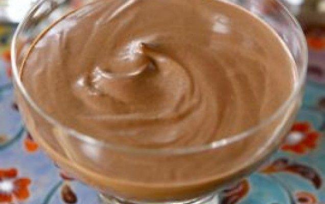 Σοκολατένια μους με γιαούρτι