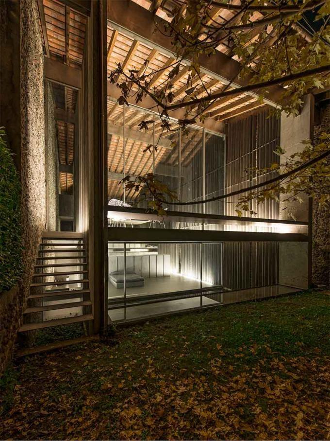 Interior Design FAD Award 2014: Casa Entremurs, Olot (Girona) by RCR Arquitectes. Photography © Pep Sau. Courtesy of ArquinFAD. Click above to see larger image.