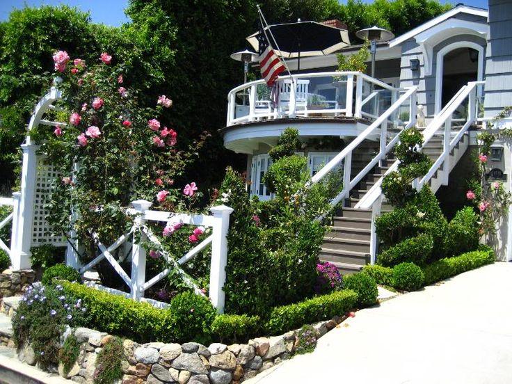 Seaside Cottage Garden Laguna Beach English By Estela