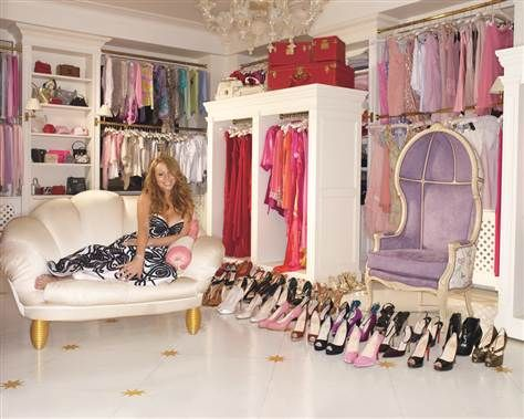 Mariah Carey In Her Closet As Shown The November 2007 Issue Of Glamour