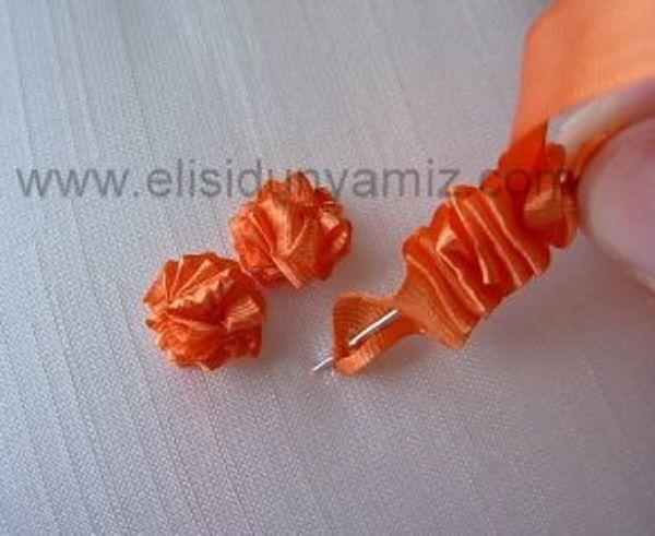 I ❤ ribbon embroidery . . . star rose stitch
