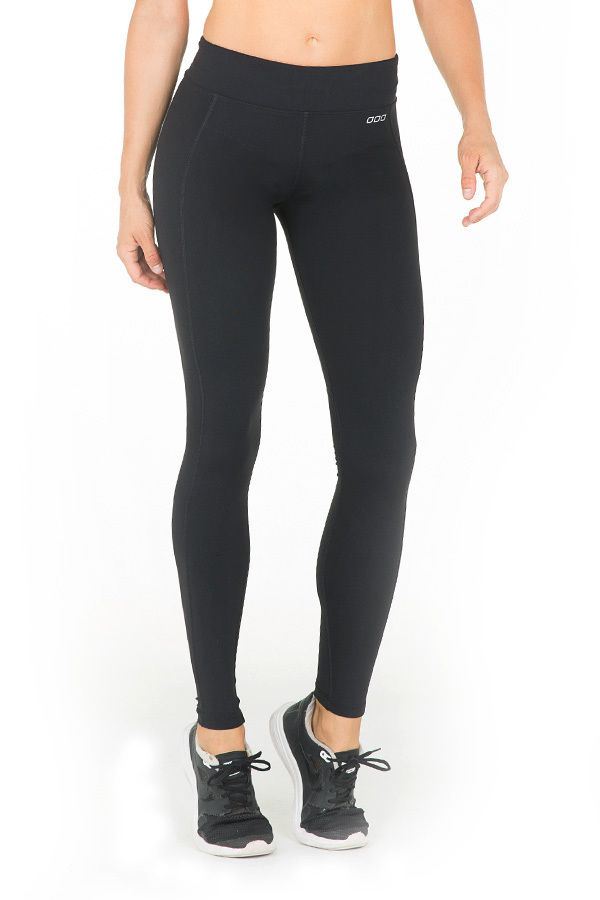 LJ Tights, perfect to wear on the plane for compression and comfort - then to wear to workout whilst on holidays and as a comfort daywear option