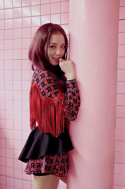 BLACKPINK || Jisoo ('AS IF IT'S YOUR LAST')