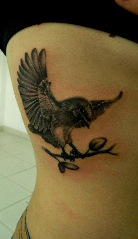 141 best Flying Birds Tattoos images on Pinterest | Flying ...