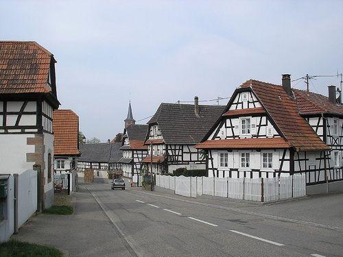 Hunspach, Bas-Rhin. Pop: 680
