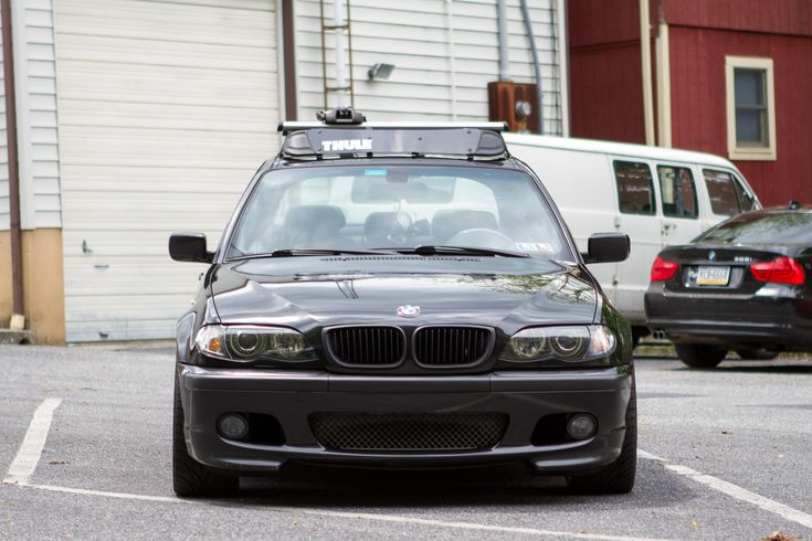 FS OEM BMW E46 Roof Rack w/ Thule Fairing Bmw, Roof