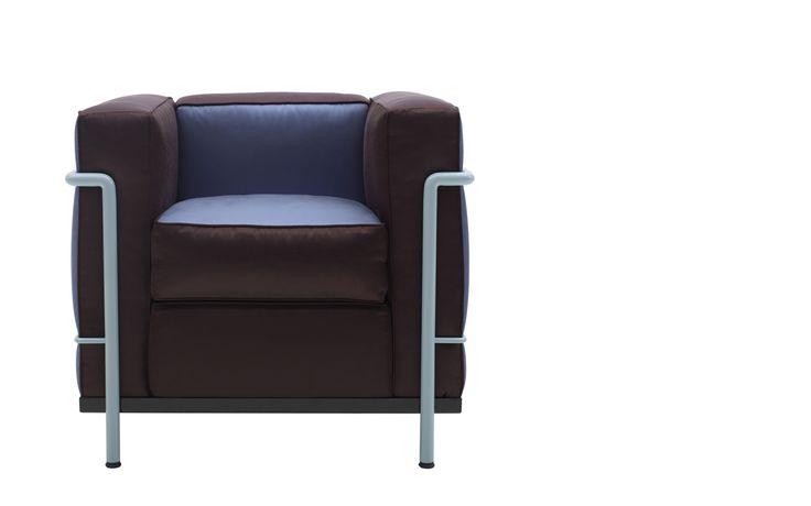 Cassina LC2 Villa Church Cassina LC2 Villa Church, een fauteuil van PLAN@OFFICE ontworpen door Cassina.