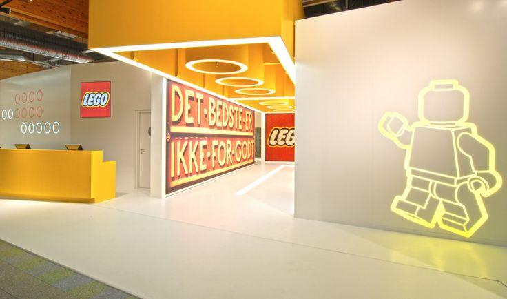 LEGO | Spielwarenmesse |2011 on Behance