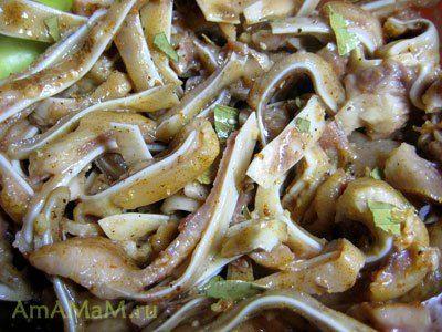 Замаринованные свиные ушки - корейский салат-хе из свиных ушей