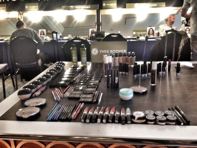 Mango 2013 İlkbahar/Yaz Defilesi makyaj odasında kullanılan Yves Rocher ürünleri. #makeup #yvesrocher #backstage