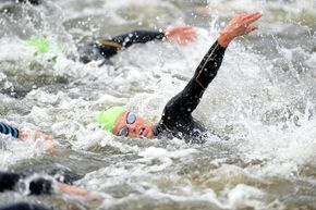 One-Hour Workout: Train For Your Swim Race Distance | Triathlete.com #onehourworkout