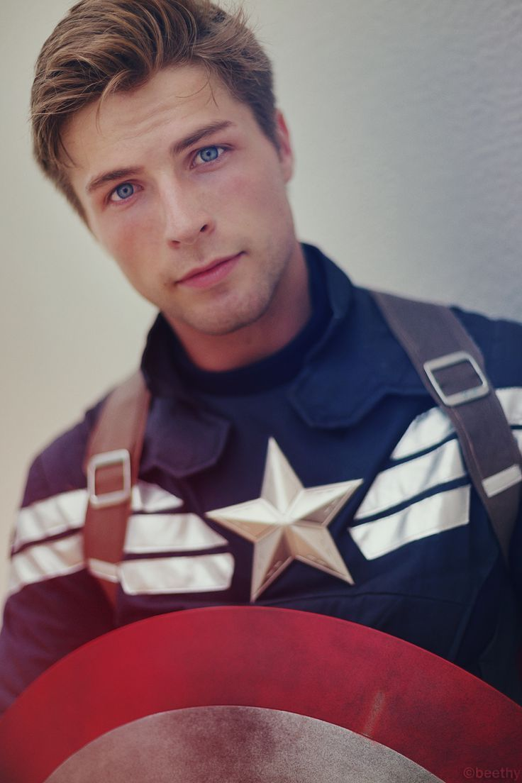 Nailed it. LOOK at this Captain America cosplay!!! - 11 Captain America Cosplays - visit to grab an unforgettable cool 3D Super Hero T-Shirt!