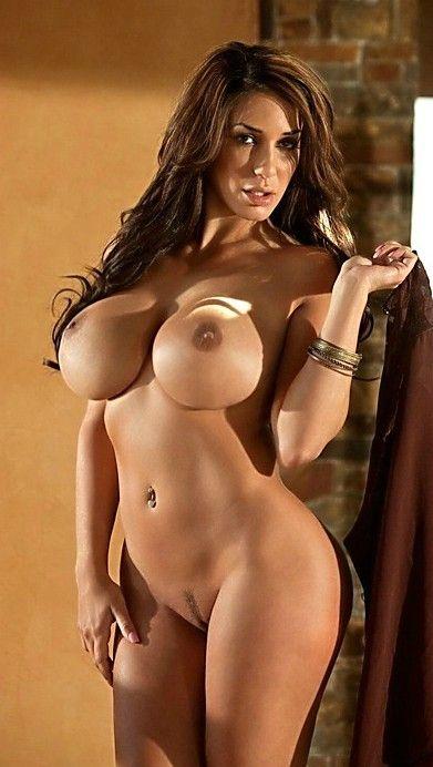 фото красивых грудастых голых девушек