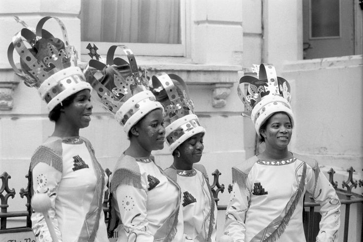 Waiting to form up for the procession, some of the majorettes appearing in the eleventh Notting Hill Carnival, which entered its second and final day. Ref #: PA.7694251 Date: 30/08/1976 PA-7694251.jpg (4096×2731)