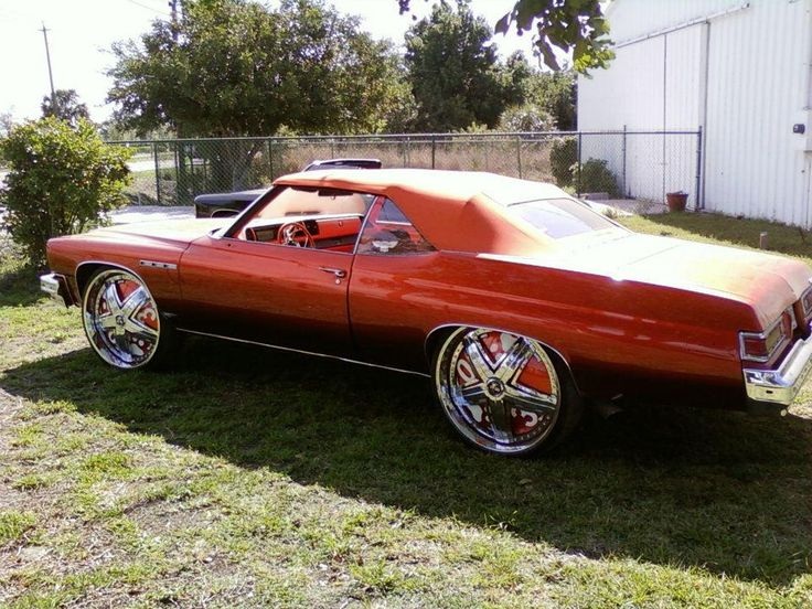 old school car w/ cool rims